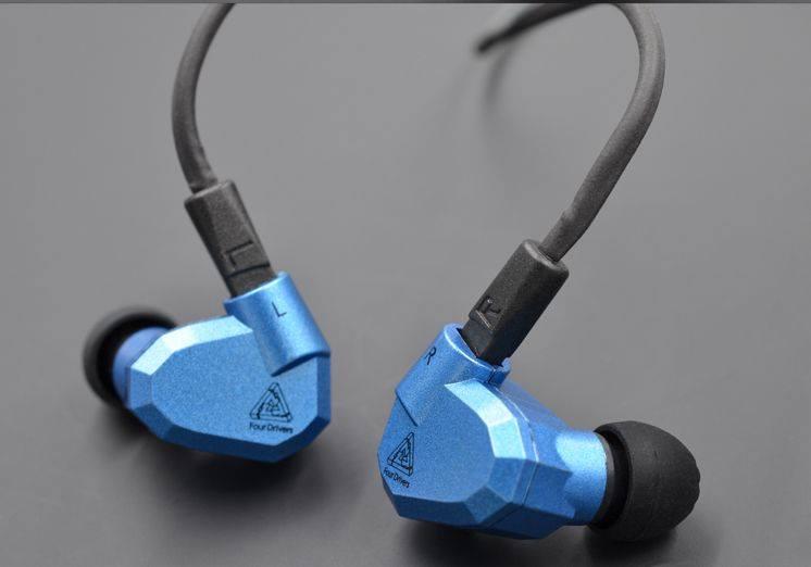 KZ ZS5 (2nd best earphone in 5000rs Pakistan)-whaddafudge