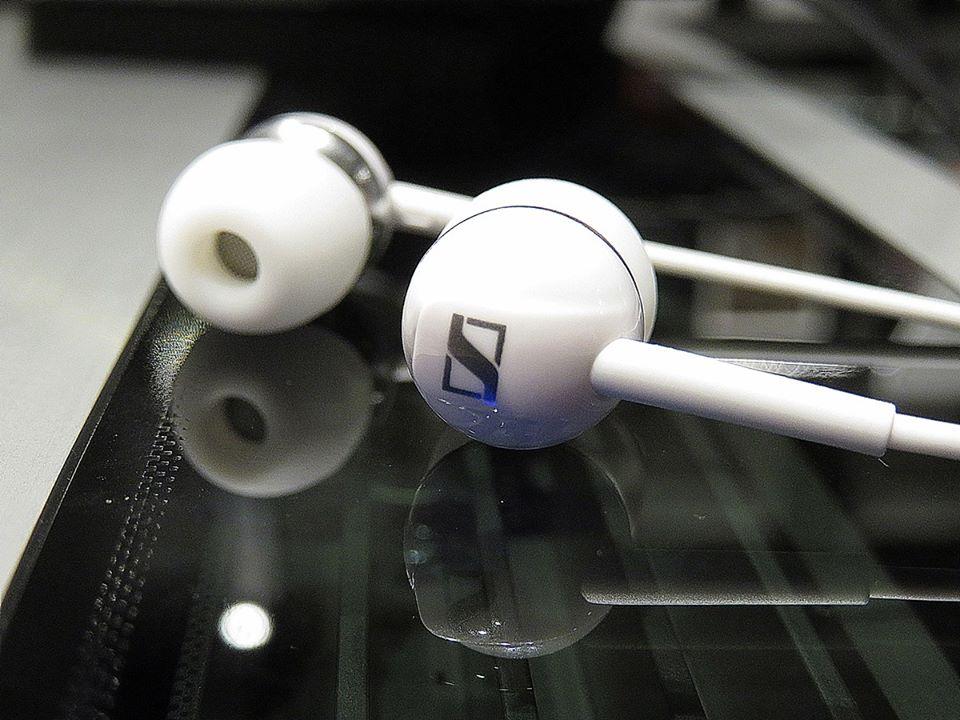 Sennheiser CX 1.00 (6th best earphones in 5000PKR)-whaddafudge